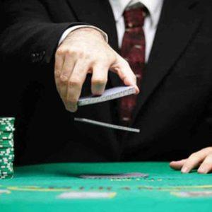 4 Trik Untuk Bernegosiasi Seperti Poker Pro