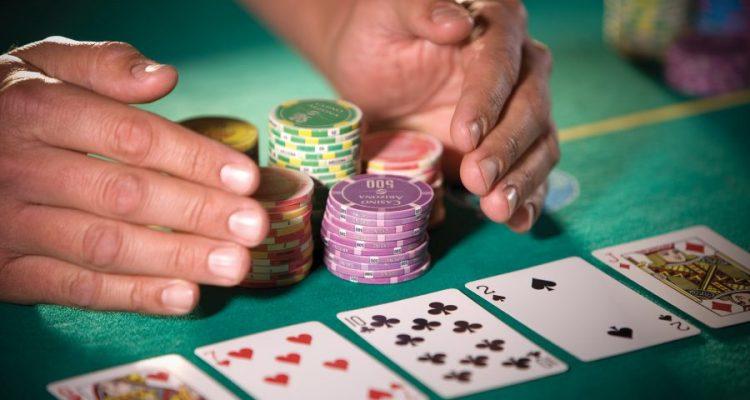 5 Aturan Selamatkan Bankroll Poker Online Anda