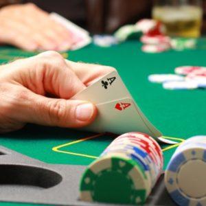 Cara Bermain Poker Texas Holdem